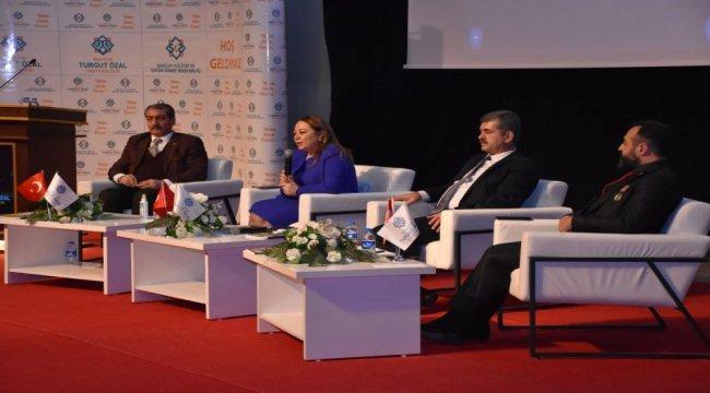 E-panel από το Πανεπιστήμιο Malatya Turgut Özal – Τρέχουσα