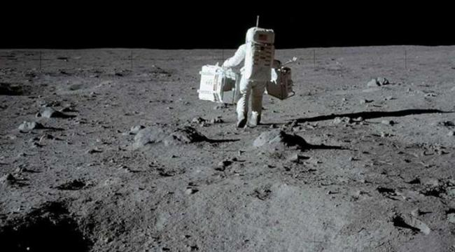 NASA, SpaceX ile yapılan 2,89 milyarlık Ay Misyonu anlaşmasını askıya aldı