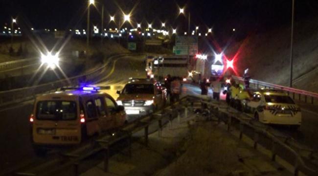 Gaziantep'te alkollü sürücü direksiyon hakimiyeti kaybetti: 1 ağır 3 yaralı