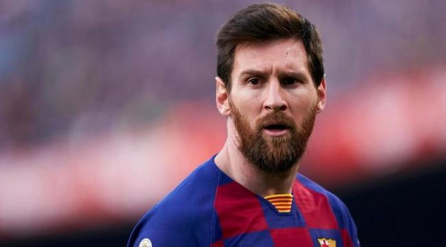 Lionel Messi Barcelona ile 5 yıllık yeni sözleşme imzalayacak